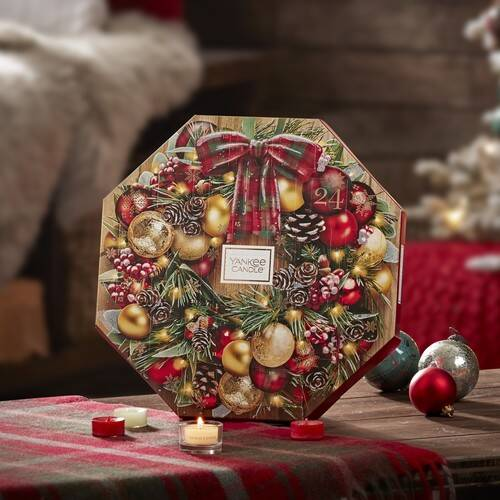 Yankee Candle Wreath Advent Calendar 2019 Contents Reveal!