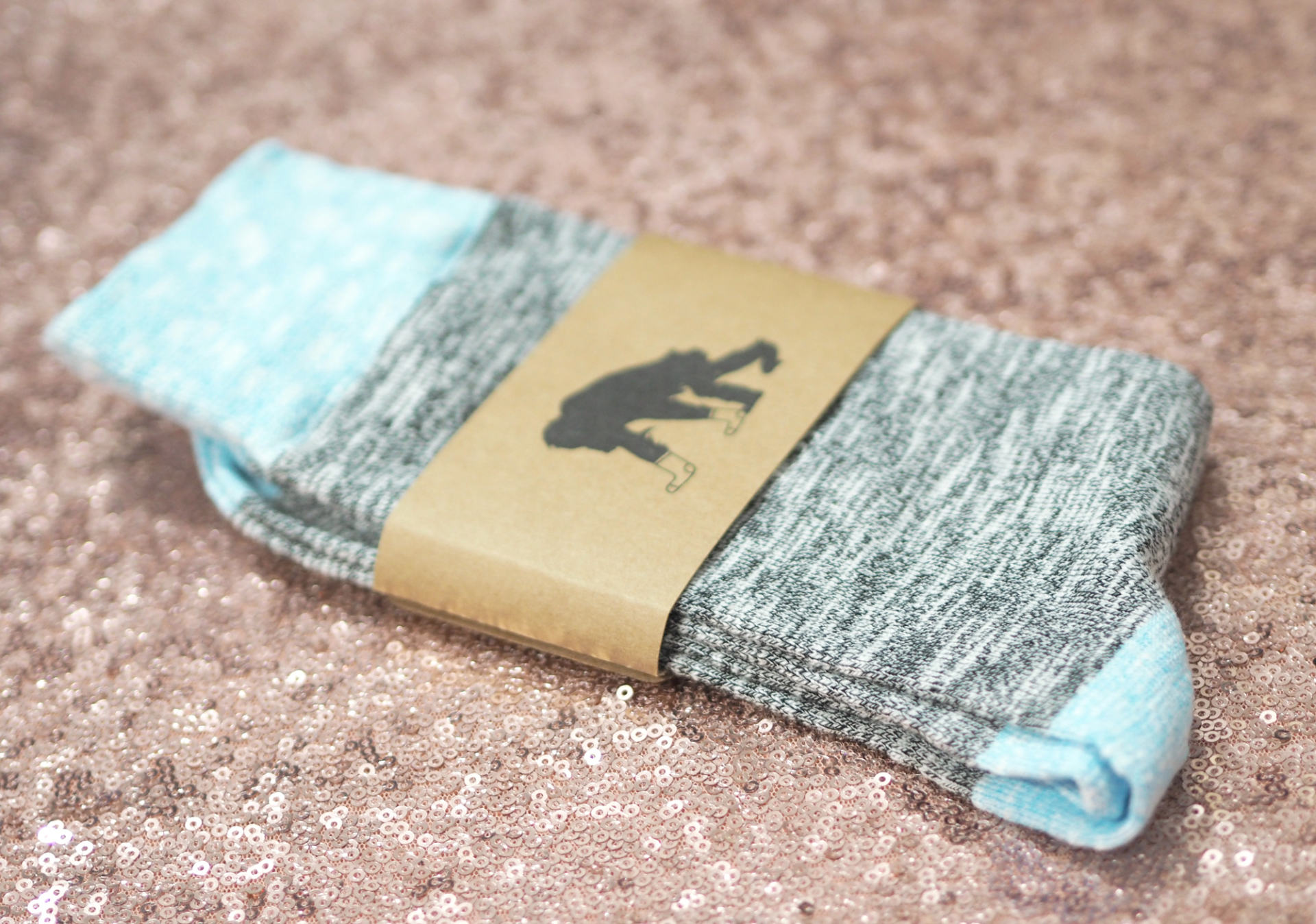 Critically Endangered Socks - Gifts That Make a Difference - Amur Leopard