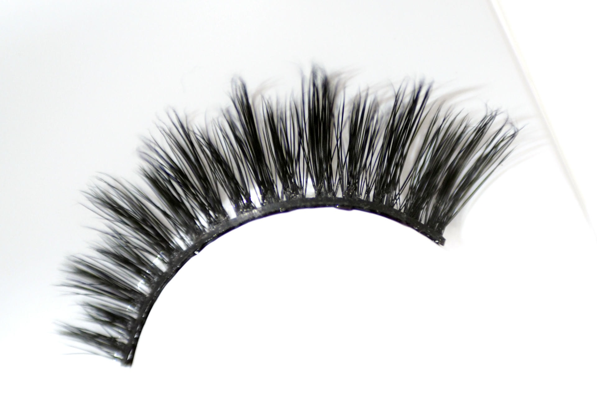 Lash Couture Naked Drama Lacey by kiss products #12