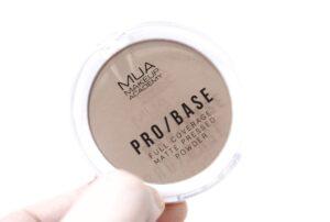 MUA Pro Base Full Coverage Matte Pressed Powder - For Contouring!