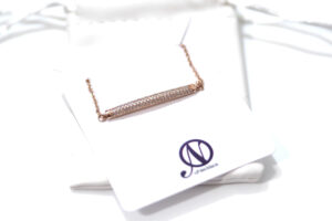 oNecklace Dainty Bar Bracelet Review PLUS Giveaway!