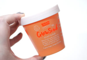 Umberto Giannini Grow Scrub Scalp Scrub Review