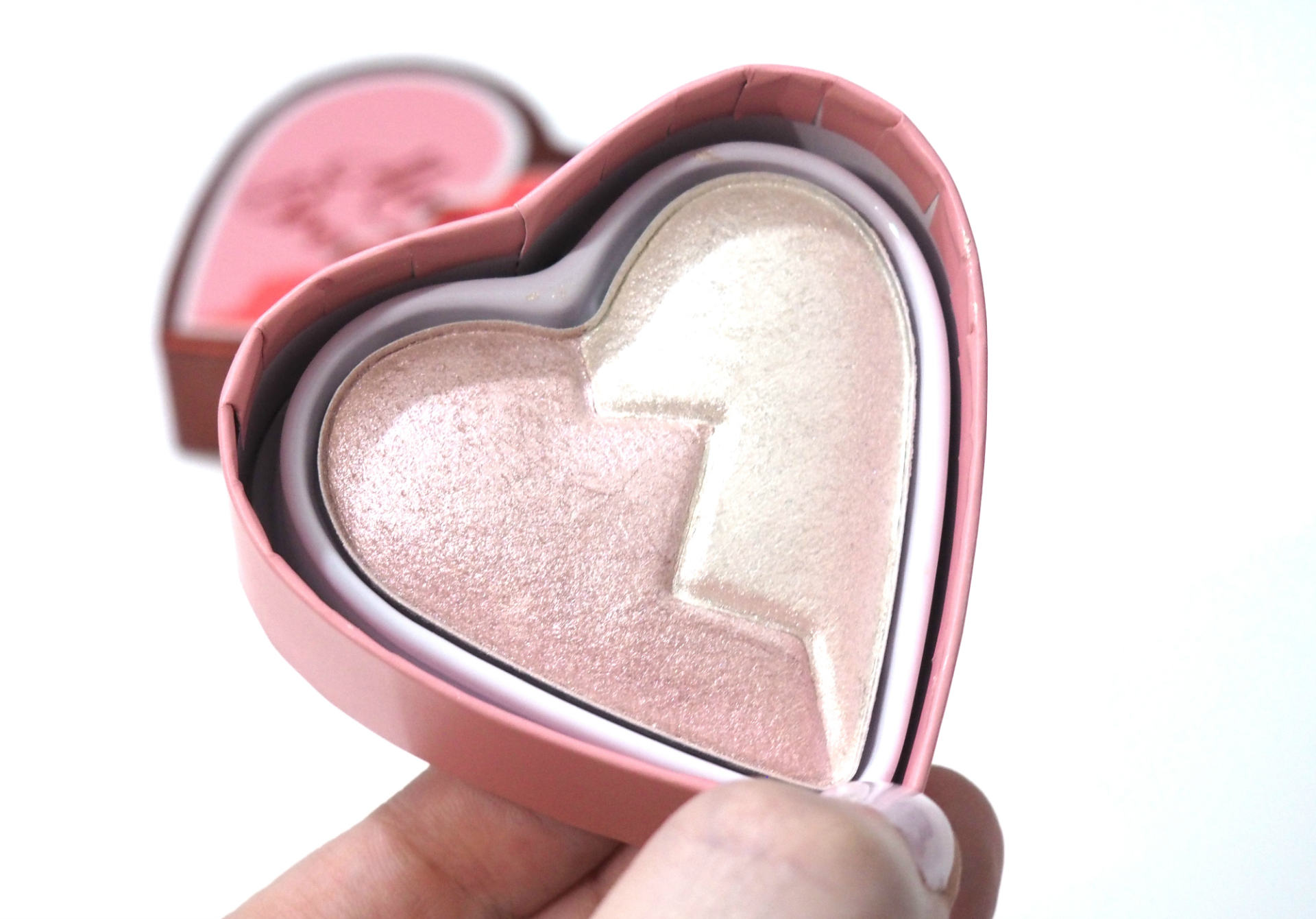 I Heart Revolution Heartbreakers Highlighter Review and Swatches